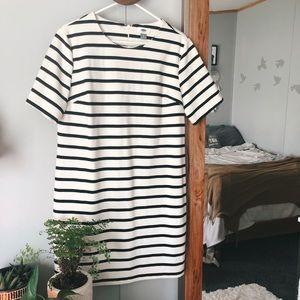 Old Navy Black & White Striped T-Shirt Dress